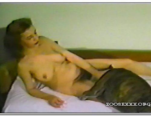 AnimalFlix.Com – Betty Fucks Dogs